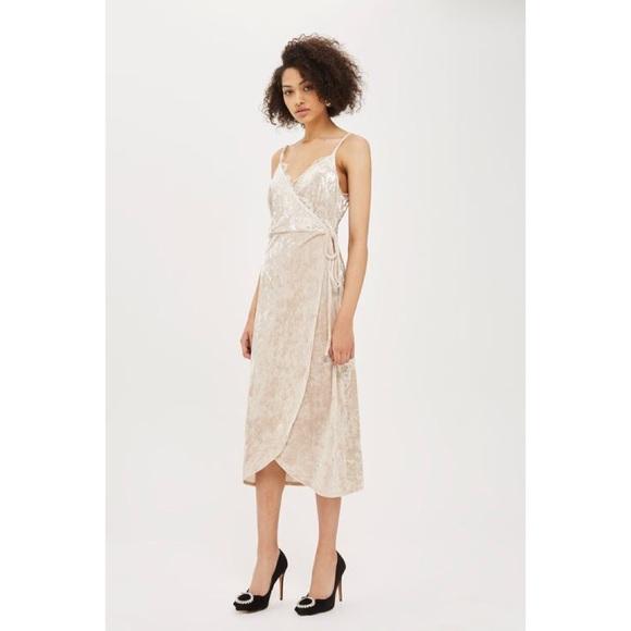a9a45b8f35 Topshop Velvet Plunge Wrap Dress Size 6. M 5aa5c24b8af1c5514c11414c